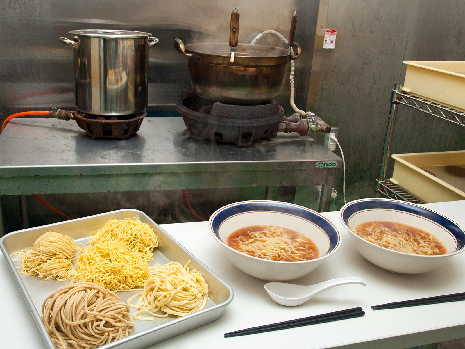 試作室完備 スープ持込歓迎
